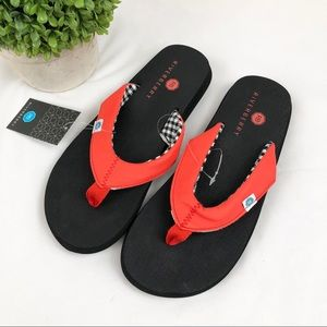 3/$20 NWT Riverberry yoga mat padded flip flops